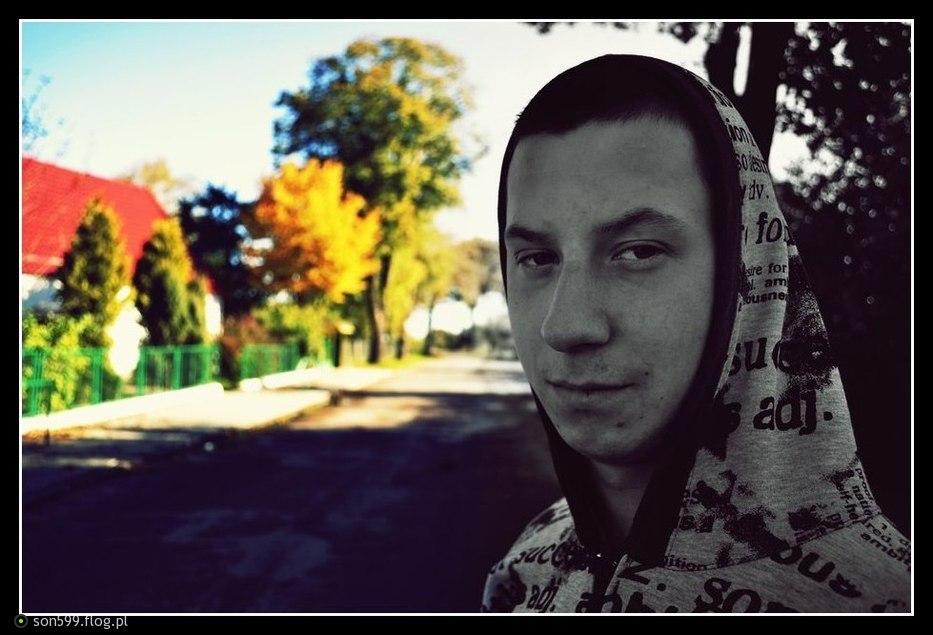 http://s3.flog.pl/media/foto/1828235_kolorowa-jesien.jpg