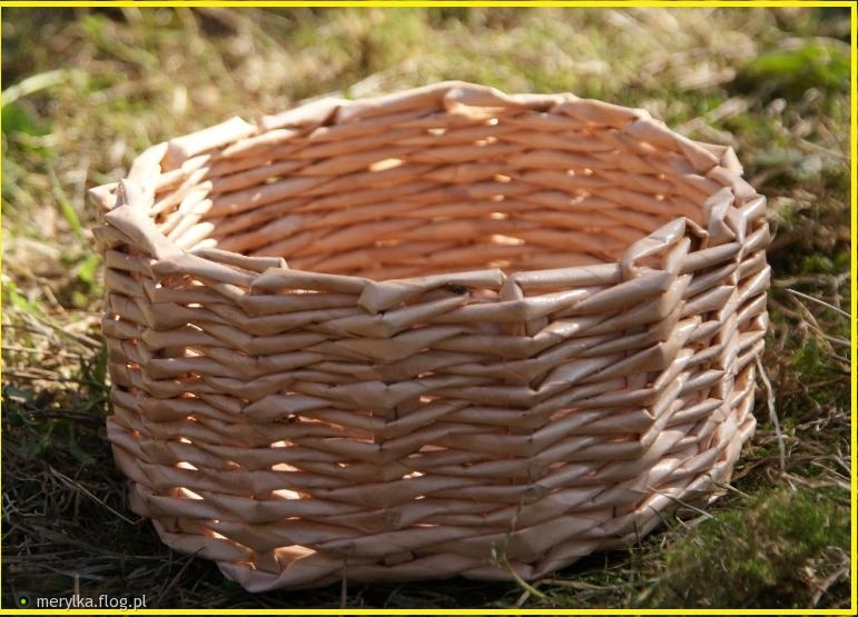 koszyk z wikliny papierowej