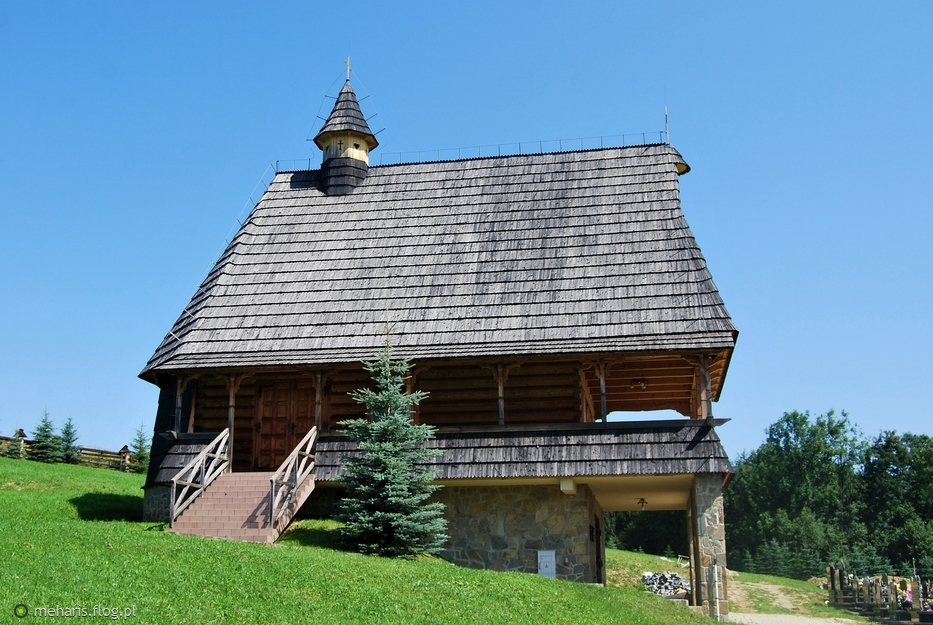 Kaplica cmentarna w Groniu