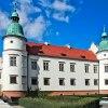 Baranów Sandomierski  :: Perła architektury renesa<br />nsowej &amp;ndash; fortec<br />a w Baranowie Sandomiersk<br />im położona jest w niz